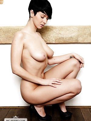 MC-Nudes  Emylia  Softcore, Erotic, Big tits, Ass, Babes, Boobs, Breasts, Tits, Solo, Amazing